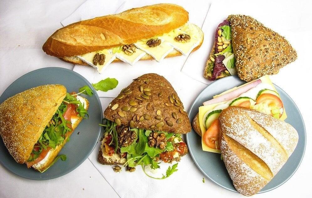 Belegde broodjes laten bezorgen: zo doe je dat!