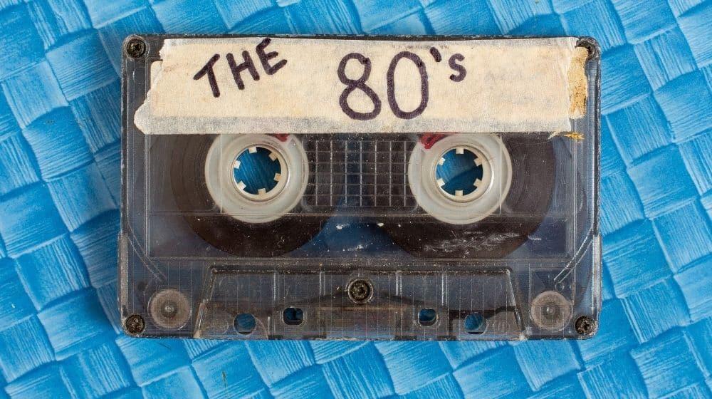 Een episch jaren 80 feest organiseren [ideeën]